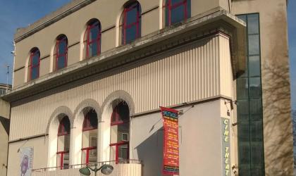 ciné théâtre - façade