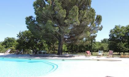 © Domaine de Briange - Grande piscine