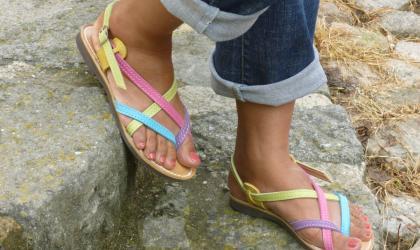 - Sandales en cuir