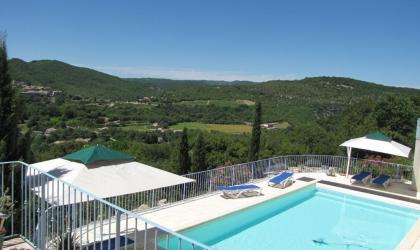Gîtes de France - Vue piscine