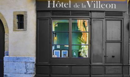 Fabien Marinello - Visites du patrimoine de l'Hôtel de la Villeon_Tournon sur Rhône
