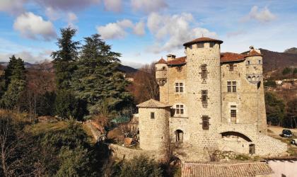 ©P.Demangeon ©Hugues Faure(5) - Meyras - Château de Hautsegur ©P.Demangeon ©Hugues Faure(5)