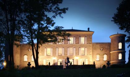 Château Chavagnac - Façade de nuit