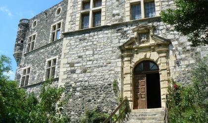 Château d'Alba - Entre cirque et patrimoines, des découvertes à couper le souffle !