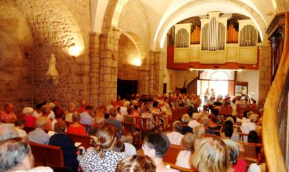 © Association Les amis de l'orgue de Chalencon - Le public au rendez-vous d'un concert proposé en août 2017