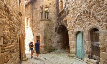 ©S.BUGNON - Thueyts - Visite guidée du village
