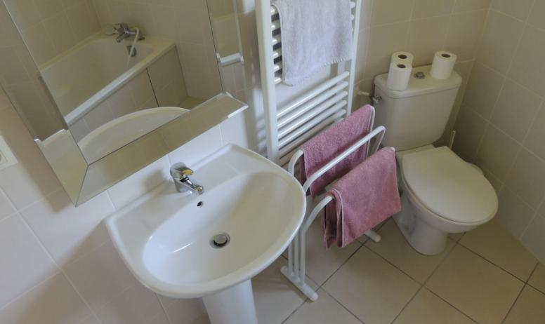 Ferme des Buis - Salle de bain