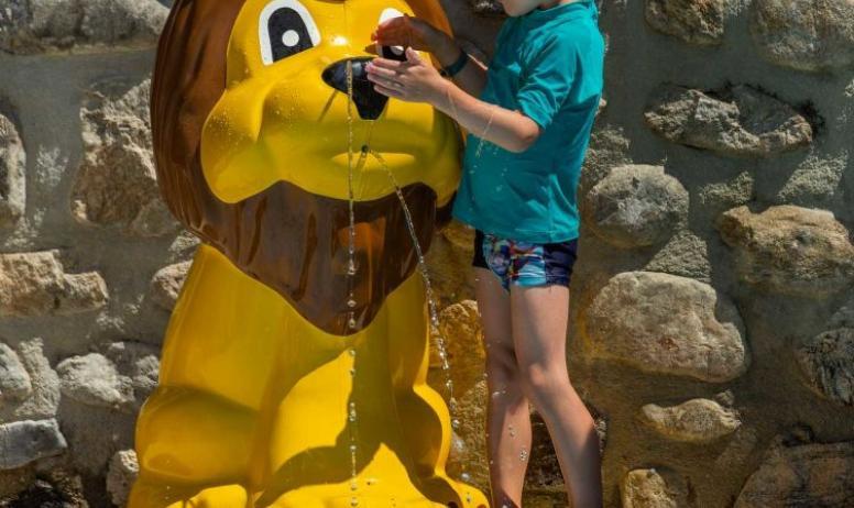 Teyssier maud - enfant jeux piscine