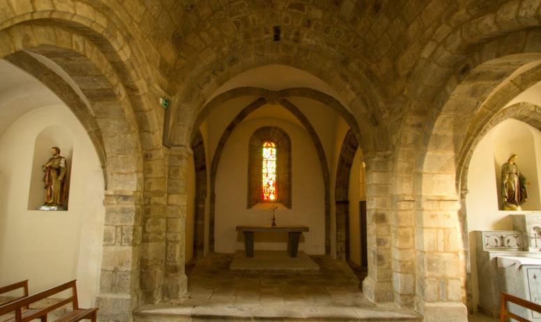 ©S.BUGNON - Saint-Cirgues-de-Prades - L'église romane ©S.BUGNON