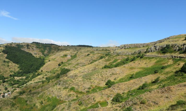 © Ardèche Hautes Vallées - Les coulées basaltiques de Saint-Clément