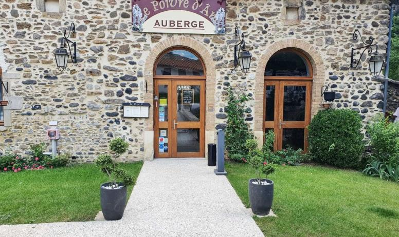 © Le Poivre d'Ane - L'entrée du restaurant