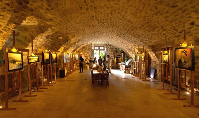 ©S.BUGNON - Meyras - Exposition au Château de Hautsegur ©S.BUGNON