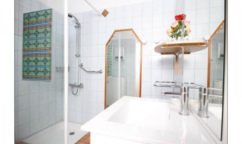 Gîtes de France - la salle de bain