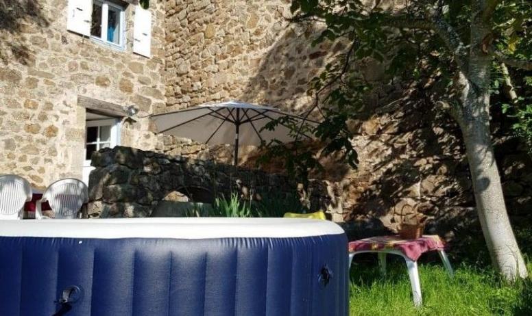 Gîtes de France - Jacuzzi privatif