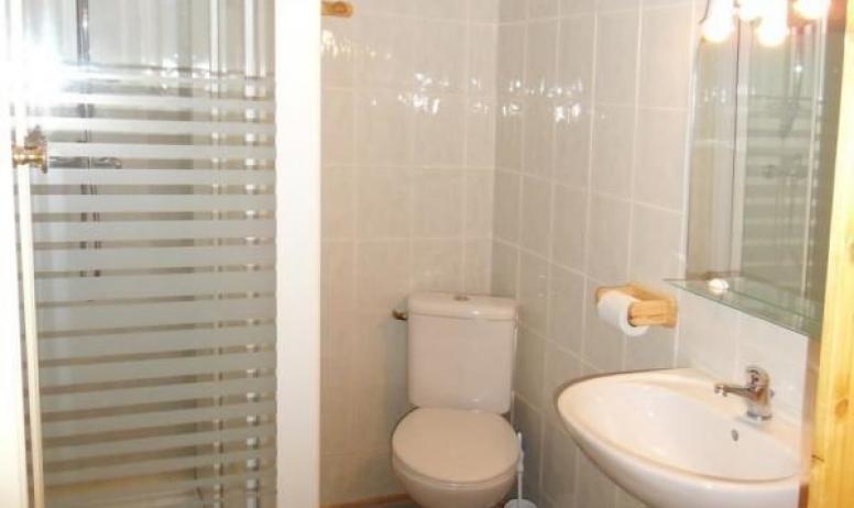 Gîtes de France - bac à douche 120X80