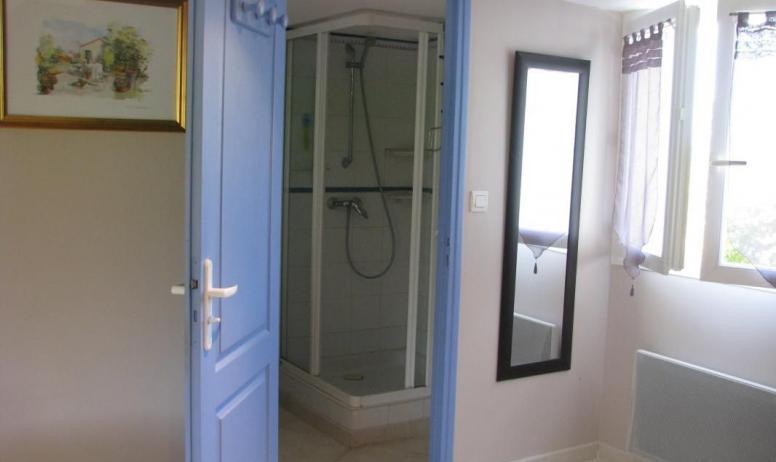 Gîtes de France - Entrée salle d'eau