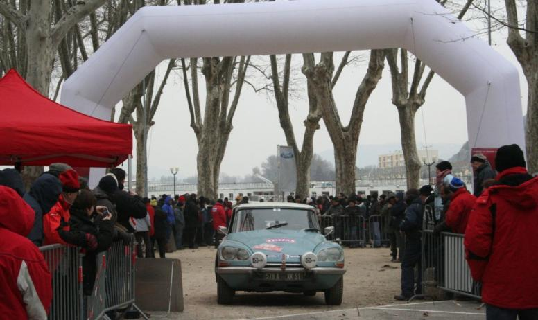 - Rallye Monte Carlo historique_Quai Farconnet_Tournon sur Rhône