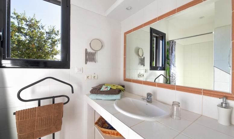 Gîtes de France - Salle de bain Olive
