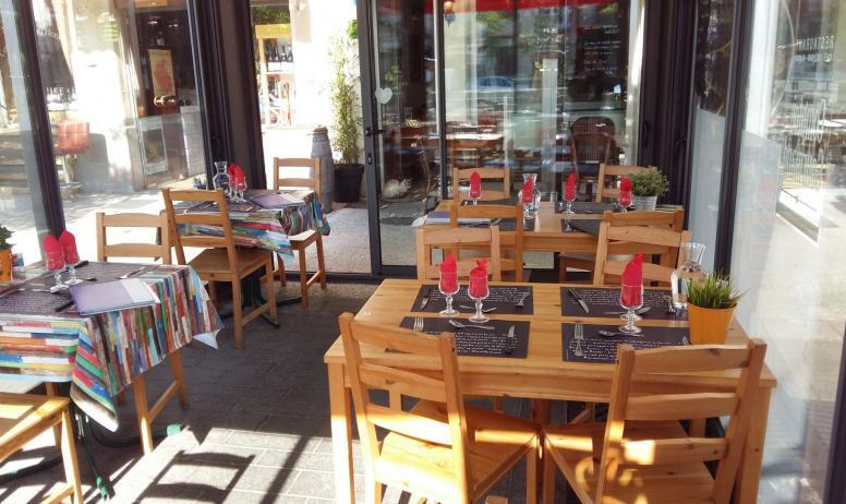 Comptoir Gourmand - la terrasse