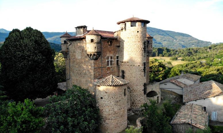 ©P.Demangeon ©Hugues Faure - Meyras - Château de Hautsegur ©P.Demangeon ©Hugues Faure(1)