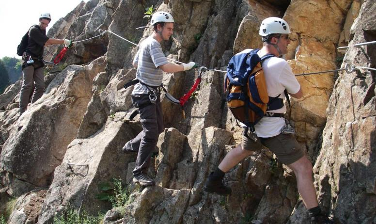 GEO ardeche canyon - GEO via ferrata
