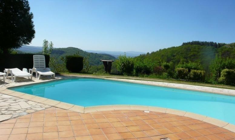 - vue panoramique piscine