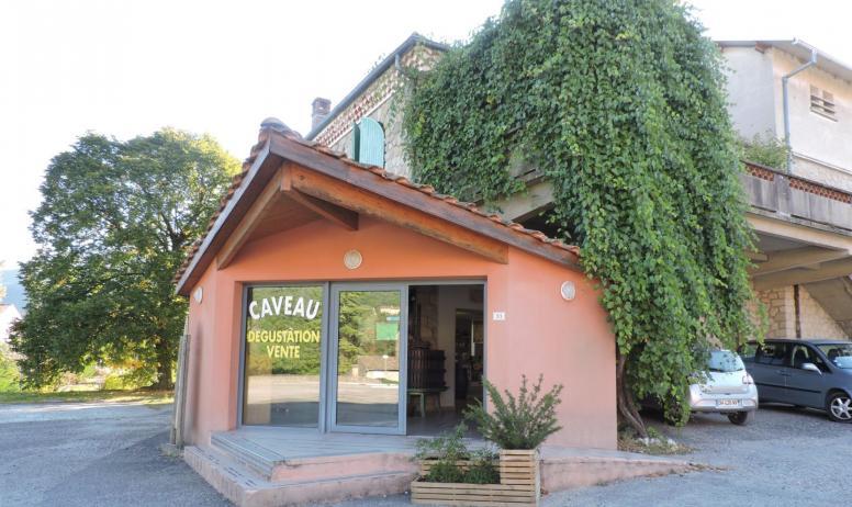 caves vivaraises Vesseaux
