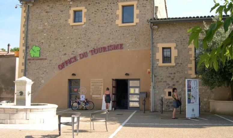 Hermitage Tournonais Tourisme - Façade Maison des Quais à Tain