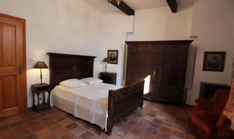 Gîtes de France - chambre 1 - 1 lit 140