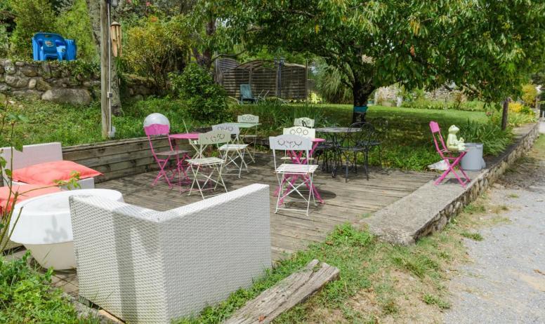 Gîtes de France - WIFI point commun a coté du piscine