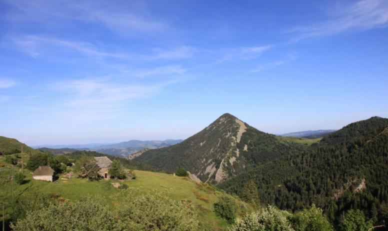 Massif central randonnées - La croix du Pal