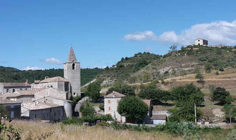 OTI DRAGA - vue générale du village