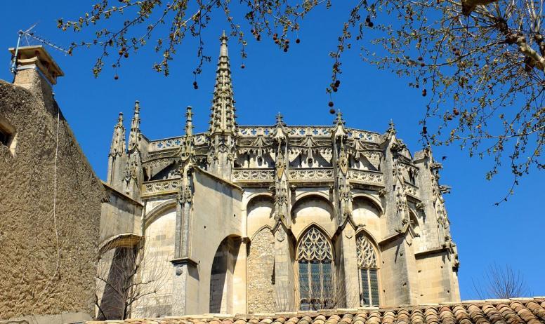 OTI DRAGA - chevet de la cathédrale
