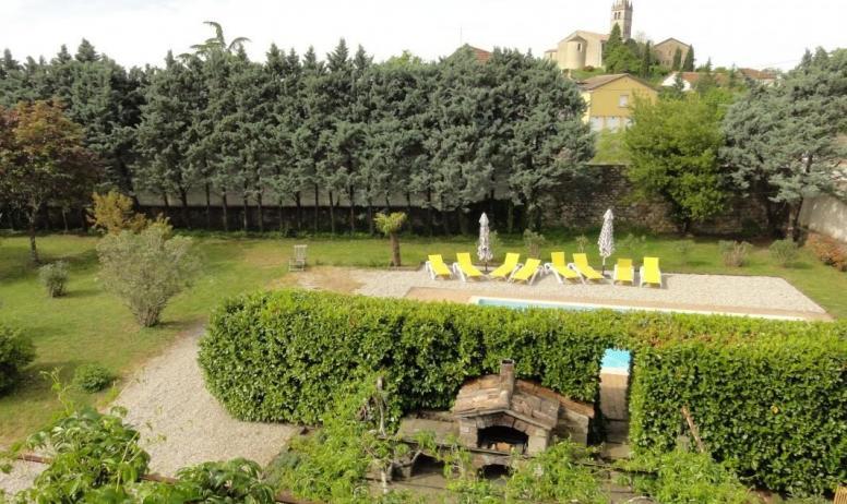 Gîtes de France - Vue jardin depuis les chambres