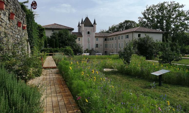 ©parc naturel régional des monts d'Ardèche