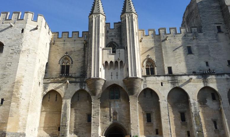 Vision du Monde - La ViaRhôna de Vienne en Avignon - Avignon Palais des Papes