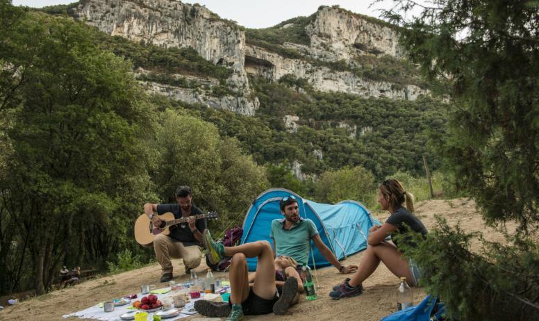 Mathieu Dupont - Bivouac dans les Gorges de l'Ardèche