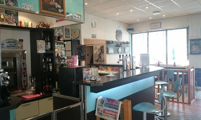 Road 86 - salle de restaurant
