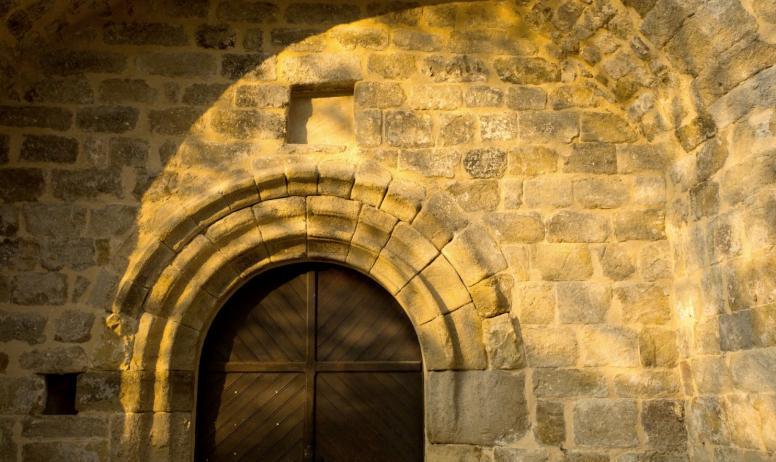©S.BUGNON - Fabras - L'église romane-2 ©S.BUGNON
