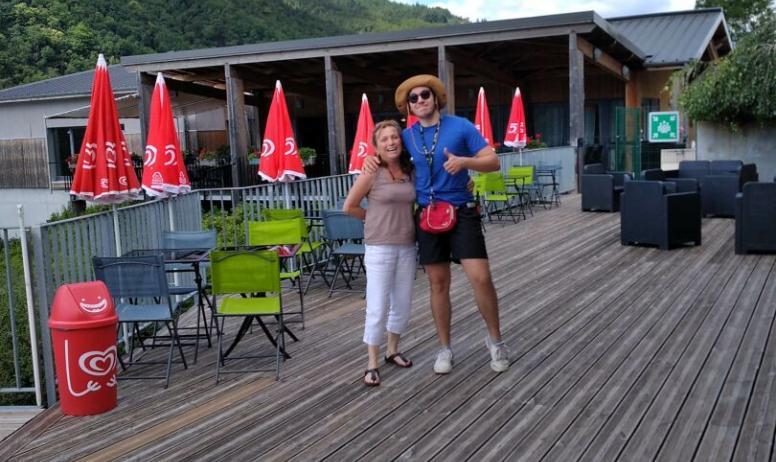 © Ardèche Hautes Vallées - L'équipe vous accueille dans la bonne humeur !