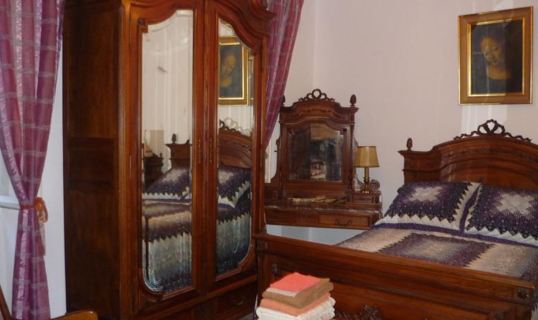 Marie-Claire SCHOFFIT - Chambre d'hôtes Maison Schoffit à Largentière (Ardèche, France)