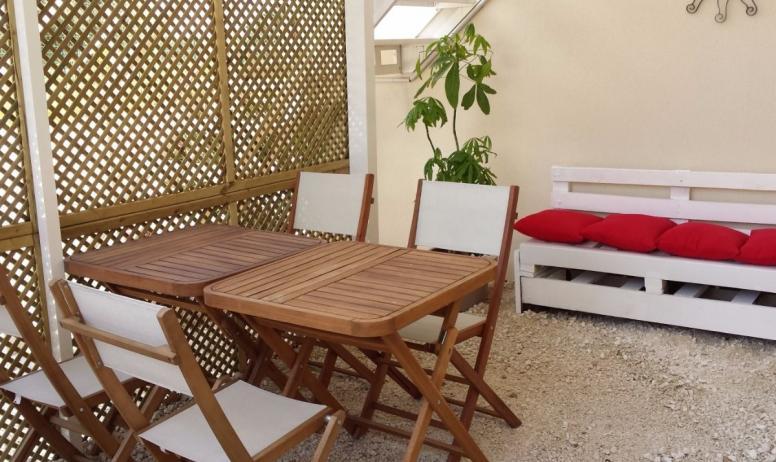 Clévacances - terrasse couverte privée