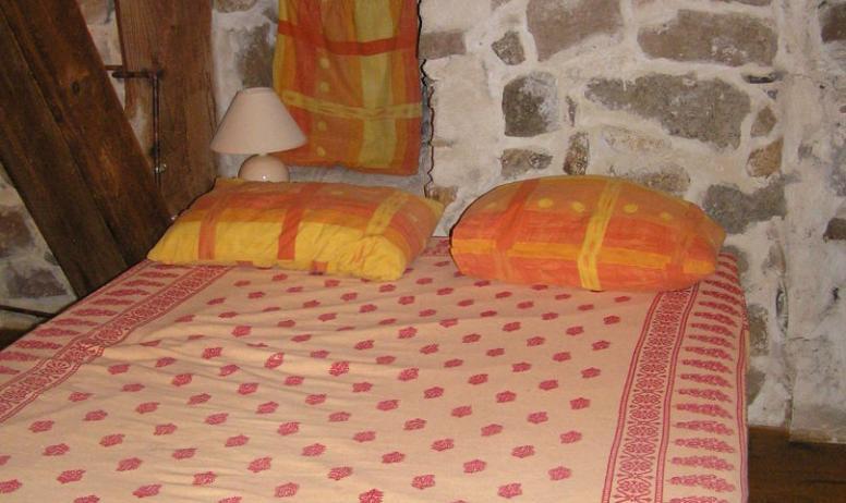 Gîte Ferme de Magnaudès - chambre petit gîte